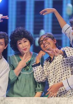 """Gala cười 2015: Tau yêu mi - NSND Hồng Vân """"tung hoành"""" ở viện dưỡng lão"""