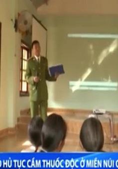 """Quảng Ngãi:Xóa bỏ hủ tục """"cầm đồ thuốc độc"""" ở huyệnmiền núi"""