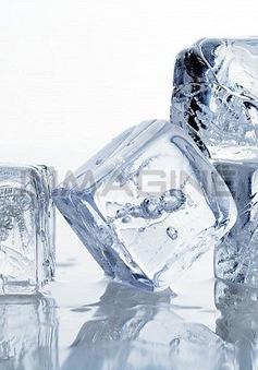 7 công dụng làm đẹp tuyệt vời của đá tủ lạnh