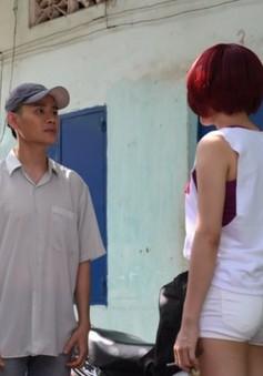 MC Hồng Phúc bất ngờ 'thầm thương trộm nhớ' Vân Trang