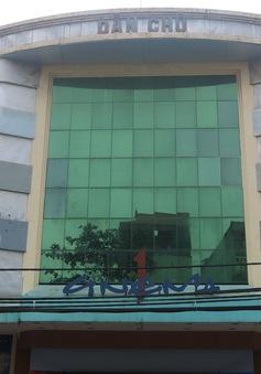 Rạp Dân Chủ đóng cửa khiến nhiều người tiếc nuối