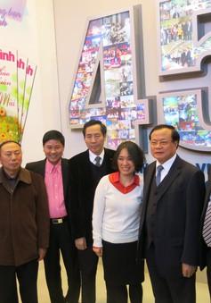 Bí thư Thành ủy Hà Nội thăm Hội báo Xuân 2015