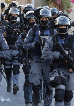 Israel phong tỏa khu vực người Arab ở Jerusalem