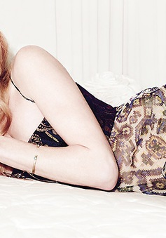 Kate Bosworth khoe vẻ mong manh trên tạp chí Elle