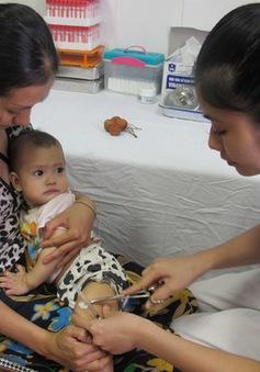 Đà Nẵng: Thiếu nguồn cung vaccine dịch vụ
