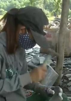 Đà Nẵng: Phụ nữ làng đá Hoà Sơn vượt khó, thoát nghèo