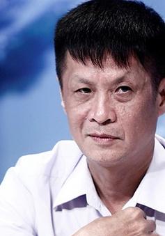 """Đạo diễn Lê Hoàng: """"Ngày xưa tôi là người thức dậy... cho con bú"""""""