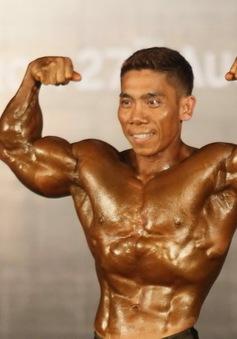 Phạm Văn Mách giành HCV hạng 60 kg tại giải thể hình VĐQG 2015