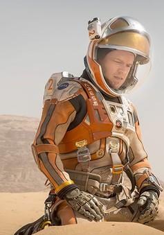 """The Martian """"thiêu đốt"""" phòng vé Bắc Mỹ"""