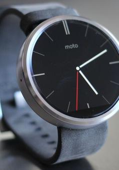 Motorola Moto 360 giảm giá mạnh tại Mỹ, chỉ còn 99,99 USD