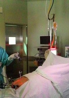 Bệnh viện TƯ Huế lần đầu tiên mổ thành công nội soi bằng công nghệ 3D