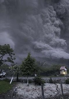Mexico: Núi lửa Colima phun trào, người dân phải sơ tán