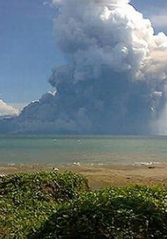 Indonesia đóng cửa sân bay do núi lửa