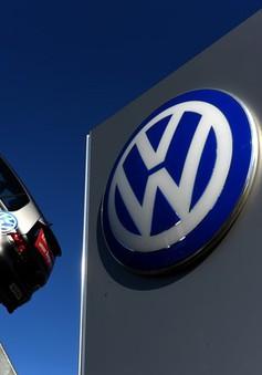 Hạ mức xếp hạng tín nhiệm đối với hãng xe Volkswagen