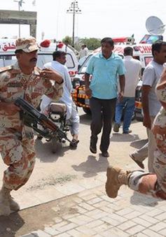 Tấn công xe buýt tại Pakistan làm 43 người thiệt mạng
