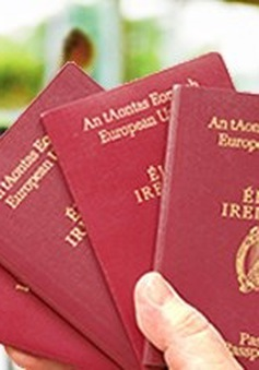 Ireland phát hành hộ chiếu dạng thẻ