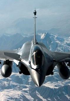 Quốc hội Pháp nhất trí kéo dài chiến dịch không kích IS