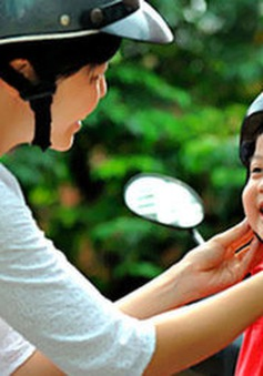 TP. HCM: Một tháng ra quân xử phạt trẻ không đội mũ bảo hiểm