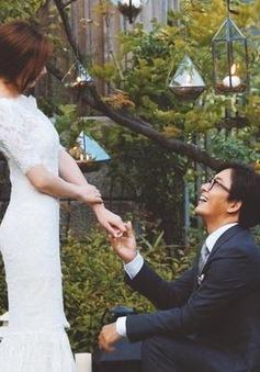Bae Yong Joon khoe ảnh đẹp như mơ ngay trước đám cưới