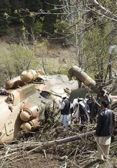 Afghanistan: Rơi máy bay quân sự làm 17 người thiệt mạng