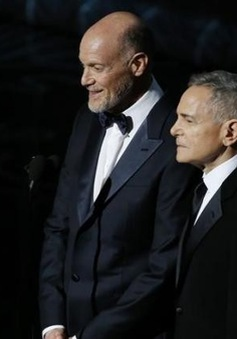 Rating giảm, nhà sản xuất lễ trao giải Oscar ra đi