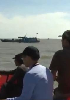 Vụ chìm tàu tại TP.HCM: Điều động trực thăng tham gia cứu hộ