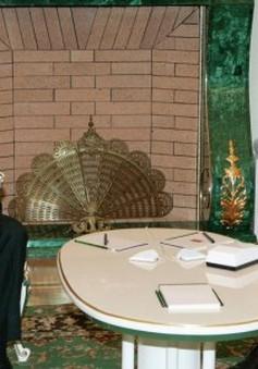 Tổng thống Syria bất ngờ thăm Nga
