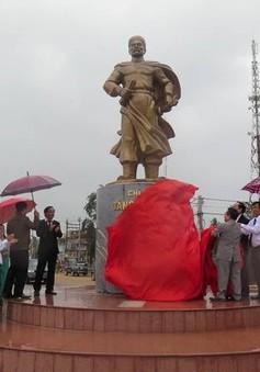 Khánh thành tượng đài nhà chí sỹ Tăng Bạt Hổ