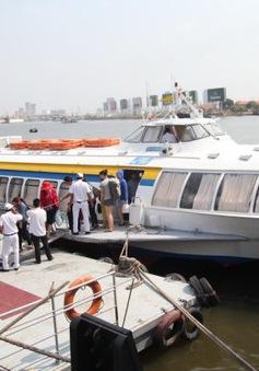 Thủ tướng yêu cầu kiểm tra giá cước tàu, xe dịp Tết