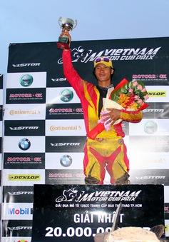 Nguyễn Minh Tú vô địch hệ đua xe 4 thì Yamaha Exciter