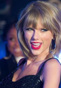 Taylor Swift thú nhận sợ… ế