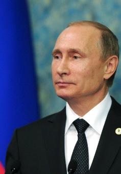 """Tổng thống Nga Putin: Thổ Nhĩ Kỳ bắn rơi Su-24 vì """"đi đêm"""" với IS"""