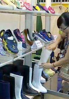 Hơn 300 DN tham dự triển lãm quốc tế Da và Giày 2015