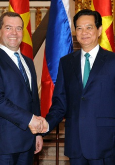 Thủ tướng Nguyễn Tấn Dũng hội đàm với Thủ tướng Nga Medvedev