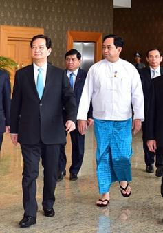 Thủ tướng gặp doanh nghiệp Việt Nam tại Myanmar