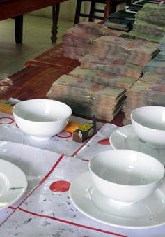 Hưng Yên: Phá sới bạc, bắt giữ 34 đối tượng