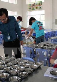 Bình Dương yêu cầu các trường không ký với bếp ăn chưa bảo đảm