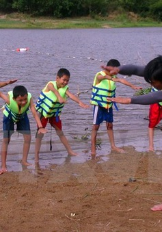 Ninh Thuận: Diễn tập cứu hộ, cứu nạn trên biển