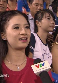 Những CĐV nữ xinh đẹp 'thiêu đốt' khán đài giải U21 Quốc tế 2015