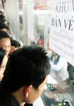 Nghịch lý bán vé xe Tết tại bến xe miền Đông