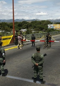 Venezuela và Colombia thảo luận về tình hình căng thẳng biên giới