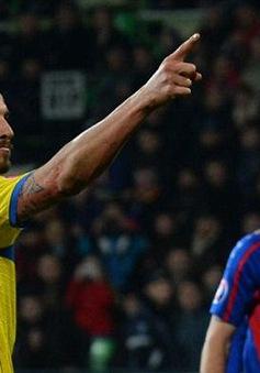 Schmeichel: Ibrahimovic sinh ra để chơi cho Man Utd