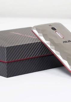 ZenFone 2 phiên bản Deluxe Special Edition có thiết kế nắp lưng ấn tượng lên kệ