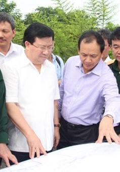 PTTg Trịnh Đình Dũng thị sát sân bay Tân Sơn Nhất và tuyến metro