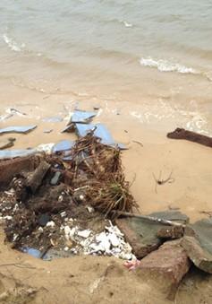 Sạt lở nghiêm trọng tại bờ biển Tam Hải và biển Lăng Cô