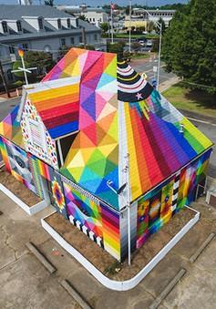 """Ngôi nhà bỏ hoang """"hồi sinh"""" dưới bàn tay của các nghệ sĩ đường phố"""