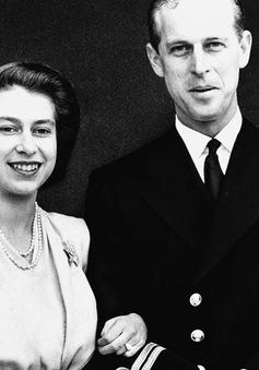 Ngưỡng mộ cuộc hôn nhân kéo dài 69 năm của Nữ hoàng Elizabeth II