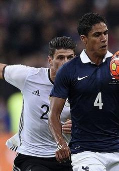 Chính thức: Sao tuyển Pháp Raphael Varane lỡ EURO 2016