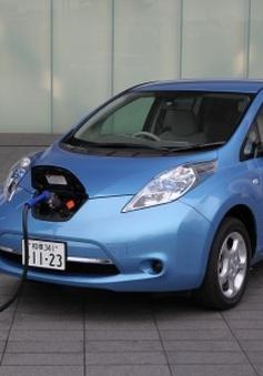 Nissan phải bỏ ứng dụng kết nối xe điện vì kém an toàn