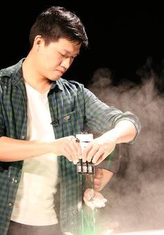 MC Trần Ngọc trổ tài làm thí nghiệm khoa học ở Telefilm 2016